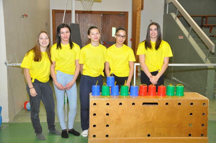 Les tee shirts jaunes finances par le comite