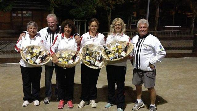 Nathalie et son equipe championne du grand prix du pouliguen