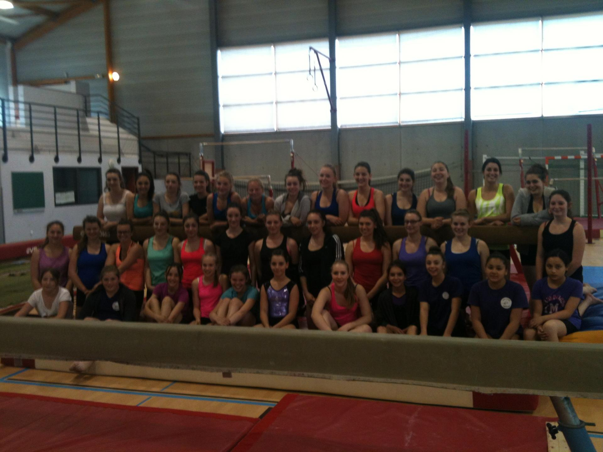 Photo souvenir du stage gym club montalieu et union chabonnaise